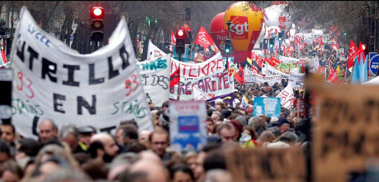 Protesto de sindicatos franceses contra reforma da Previdência em Paris09/01/2020REUTERS/Charles Platiau