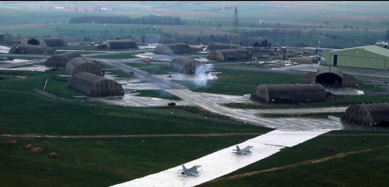 Vista aérea da Base Aérea de Spangdahlem na alemanha.