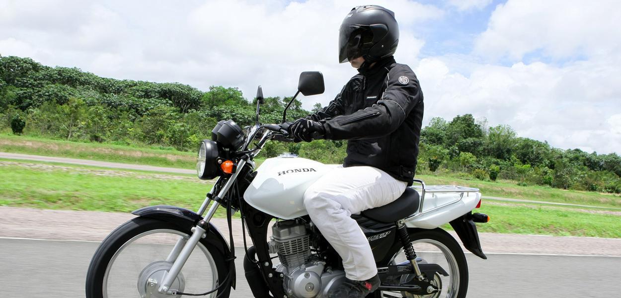 Motoboy deverá usar moto branca e colete em SP