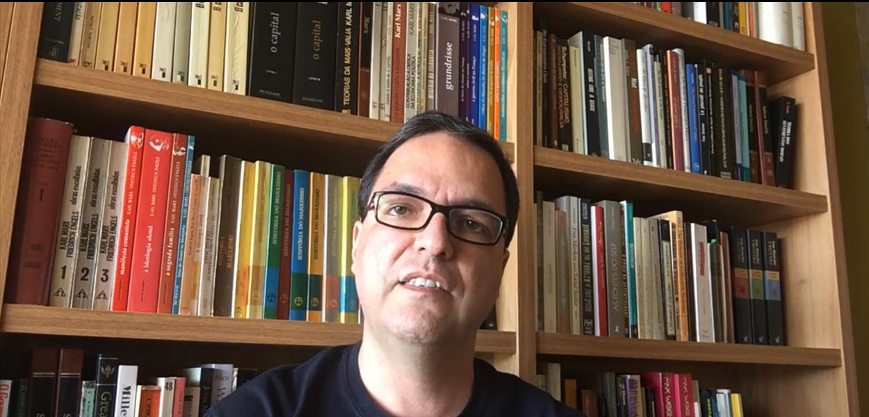Luis Felipe Miguel comenta a perda de direitos dos trabalhadores.