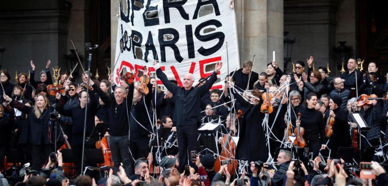 Artistas da Ópera de Paris em greve
