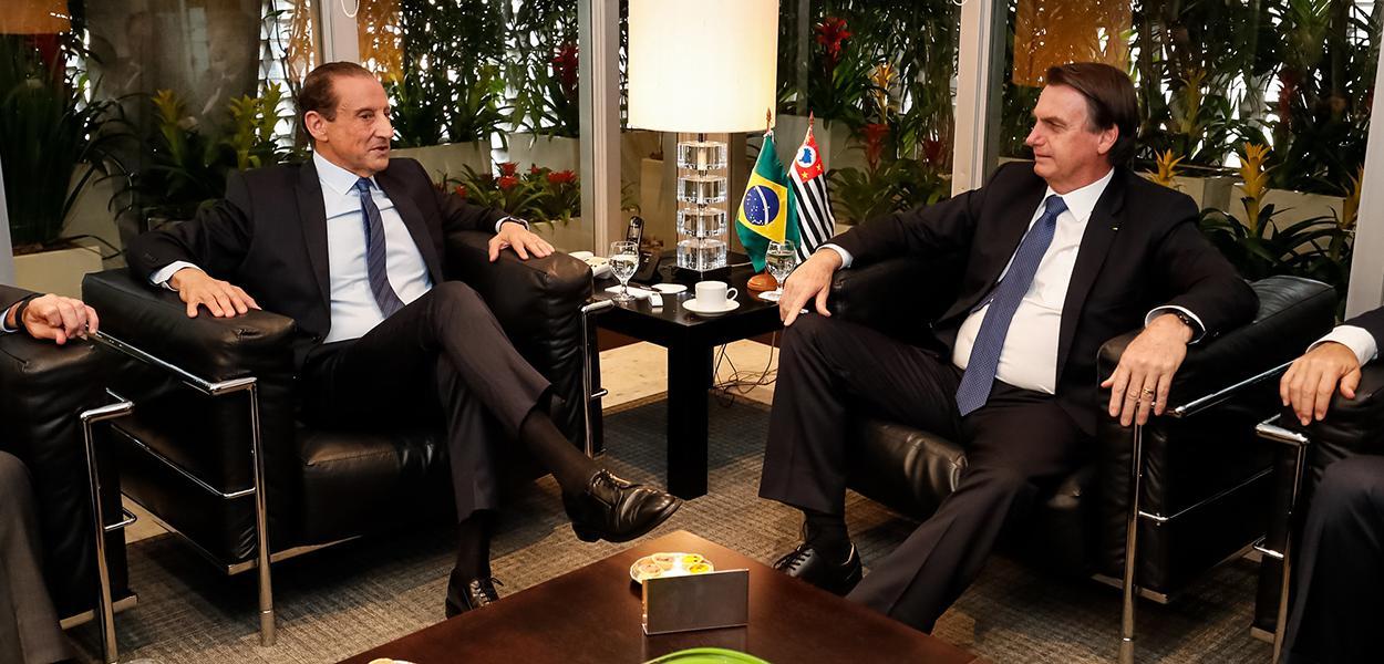 Jair Bolsonaro durante reunião com Paulo Skaf