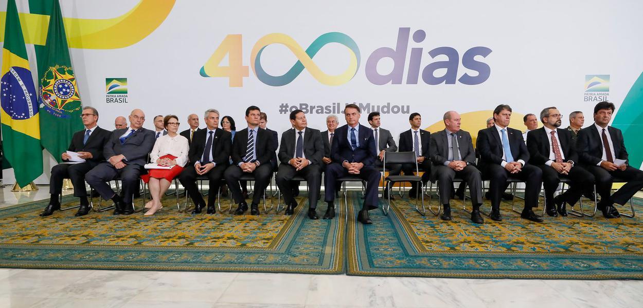 Bolsonaro em cerimônia de 400 dias de governo