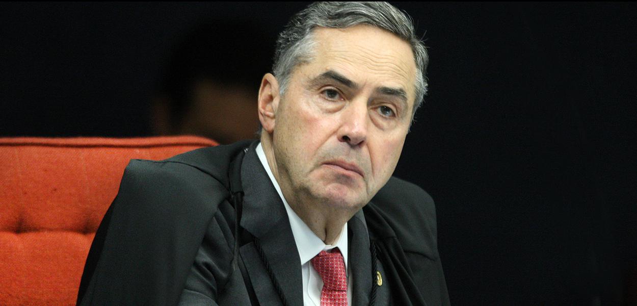Ministro Roberto Barroso durante sessão da 1ª turma do STF.