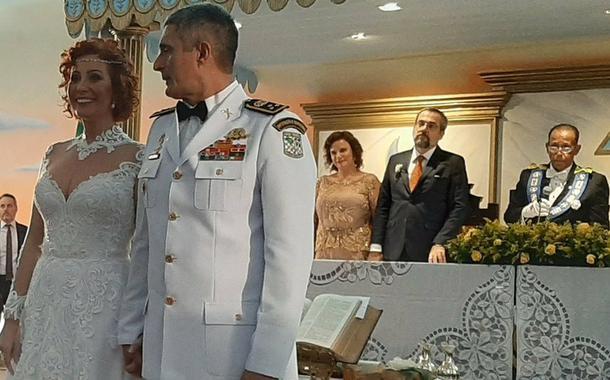 Casamento de Carla Zambelli com o coronel Antônio Aginaldo de Oliveira