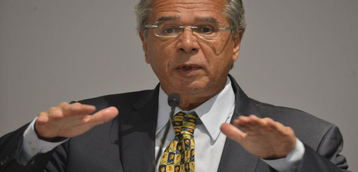 Ministro Paulo Guedes ameaçou deixar o cargo