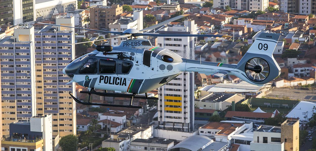 Policiais paralisam e violência assusta o Ceará