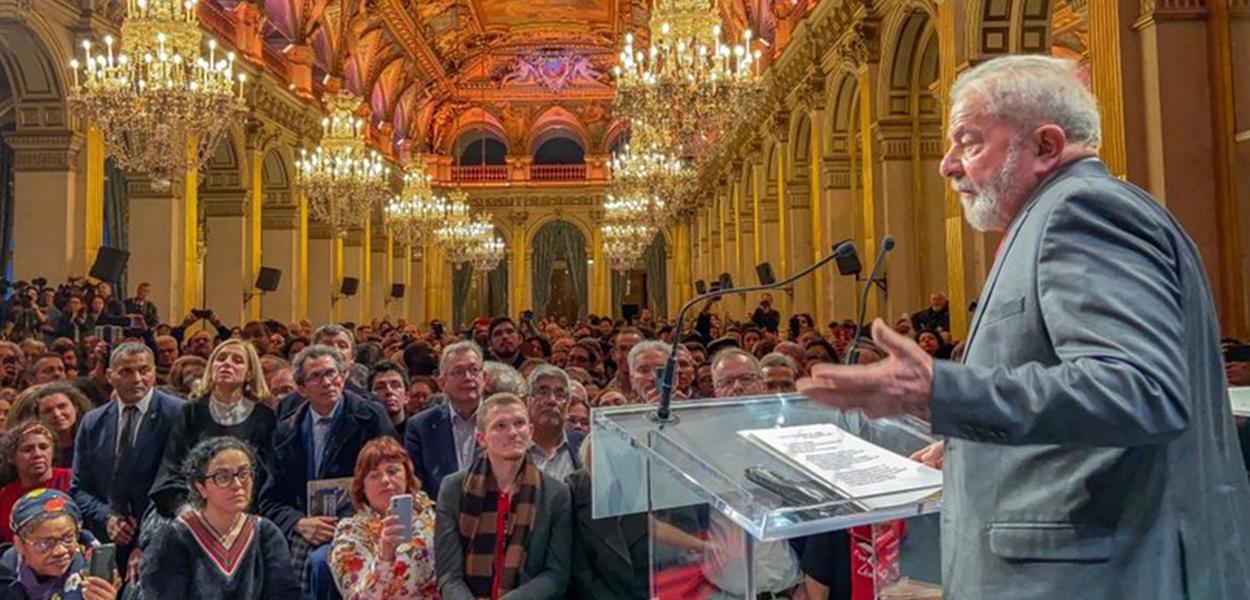 Lula recebe título de cidadão honorário de Paris