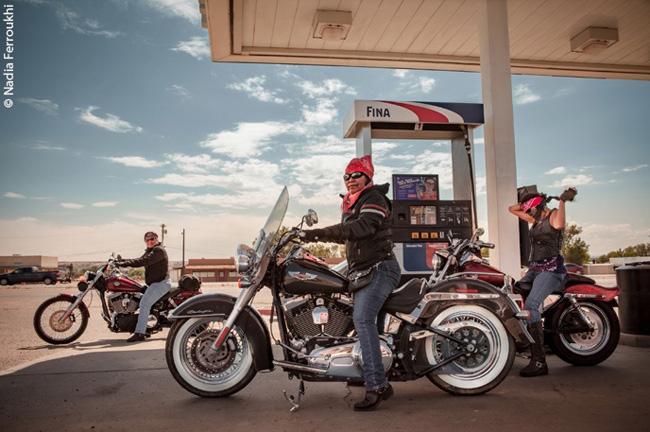Mulheres navajo e suas motocicletas
