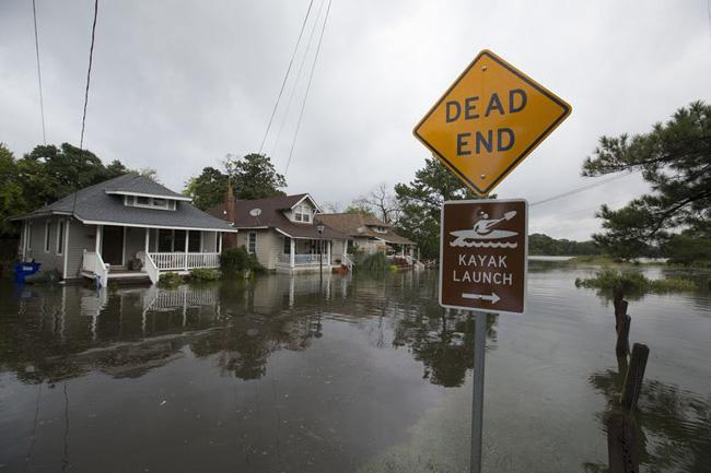 Rockport, no Texas, inundada pelo mar