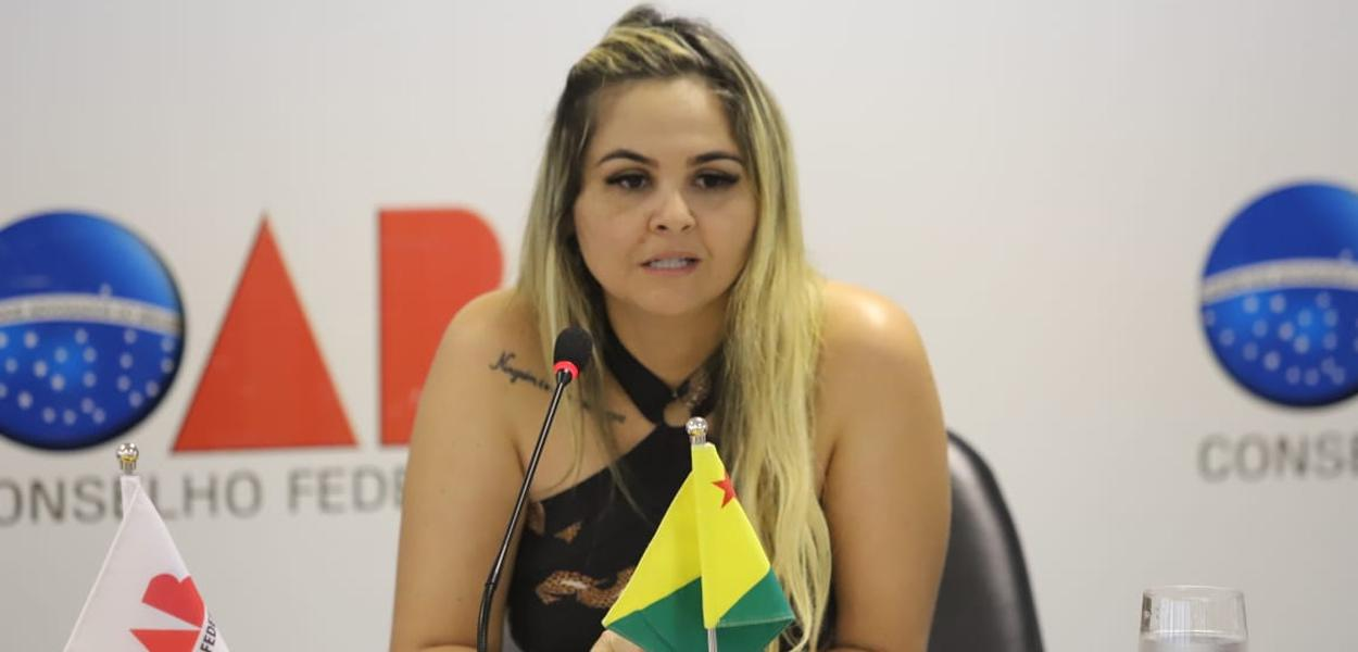 Isabela Fernandes está internada numa Unidade de Terapia Intensiva (UTI) desde segunda-feira