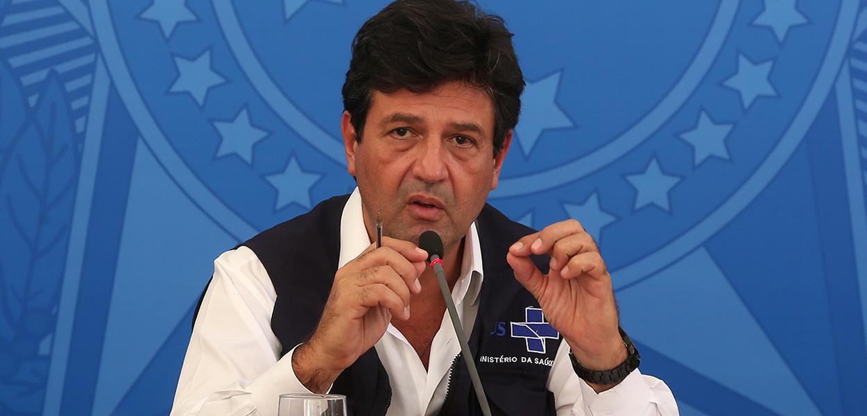 O ministros da Saúde, Luiz Henrique Mandetta