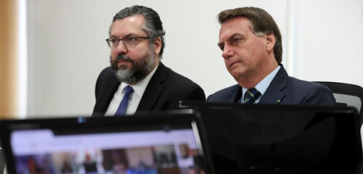 Jair Bolsonaro e ministro das Relações Exteriores, Ernesto Araújo