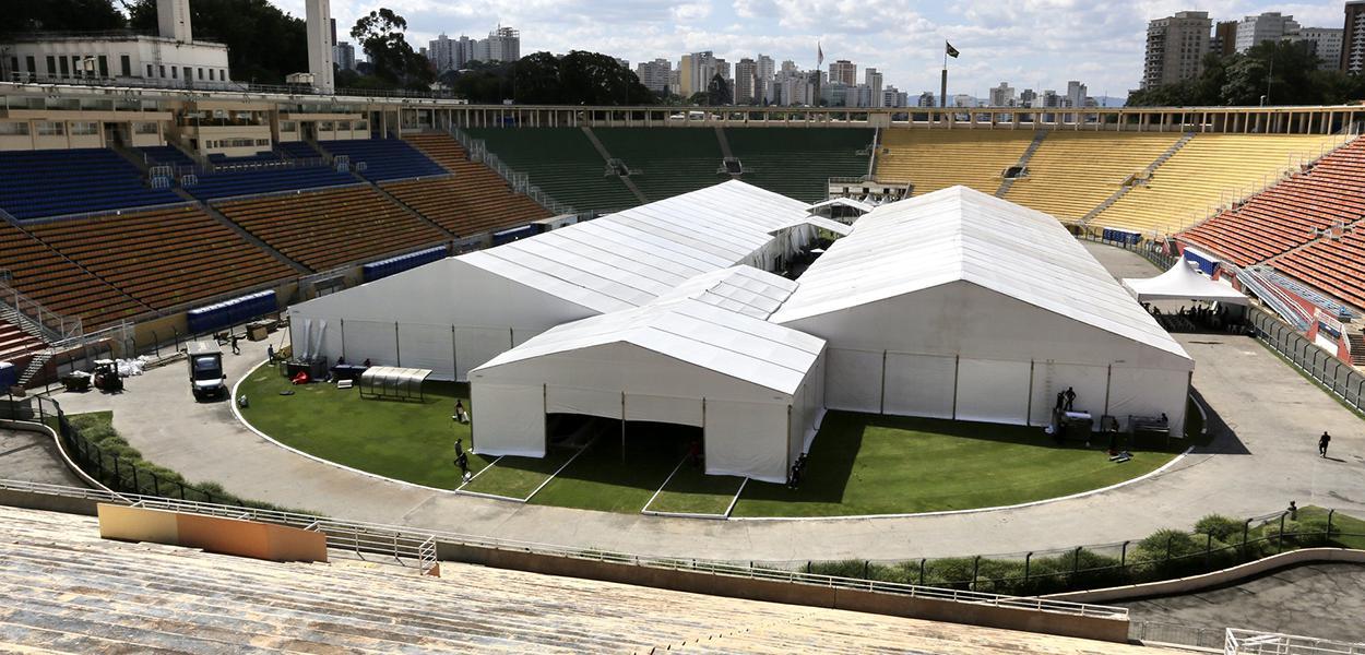 Hospital de Campanha de Combate ao coronavírus no estádio do Pacaembú