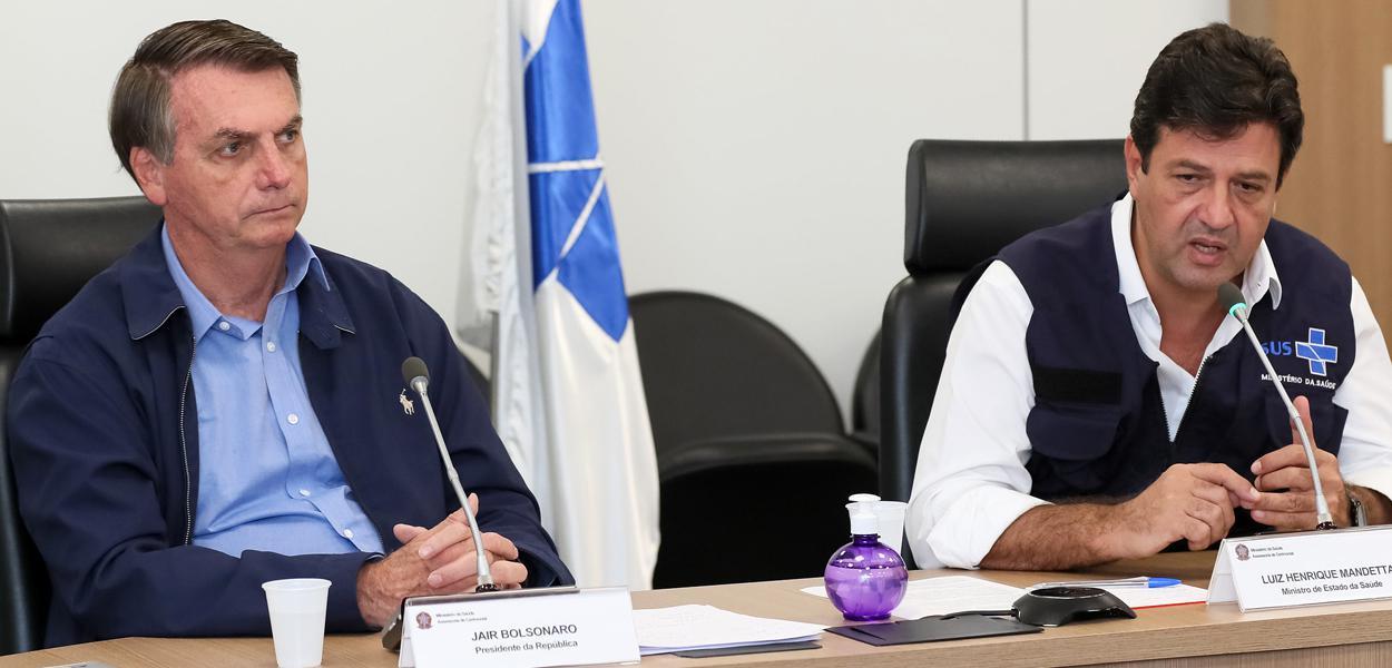 Bolsonaro prepara 'tiro de misericórdia' em Mandetta, que deve cair até sexta-feira