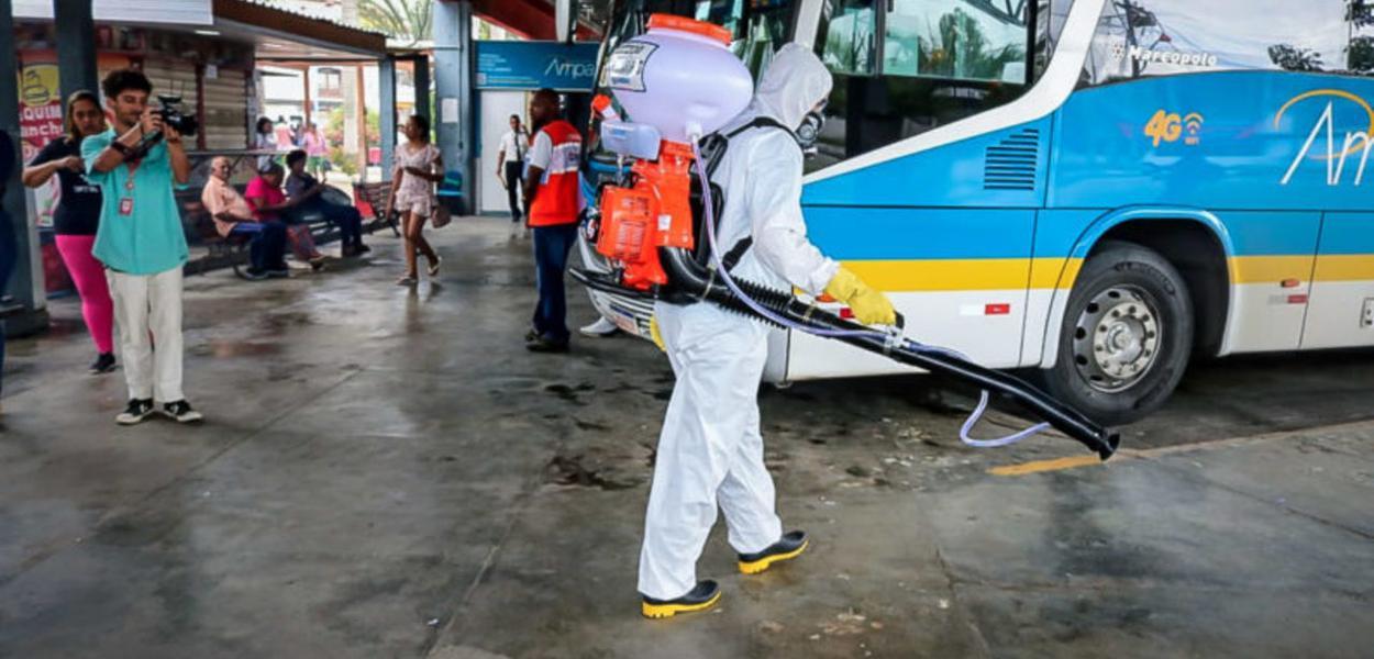 Limpeza preventiva contra o coronavírus em Maricá