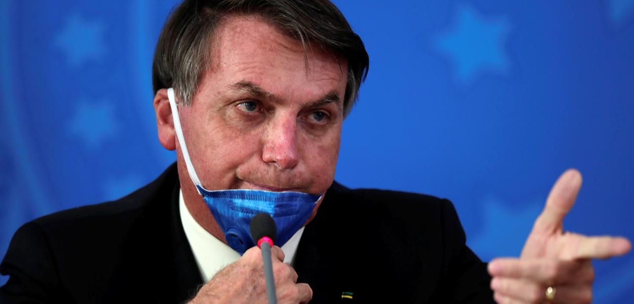 Jair Bolsonaro durante coletiva de imprensa