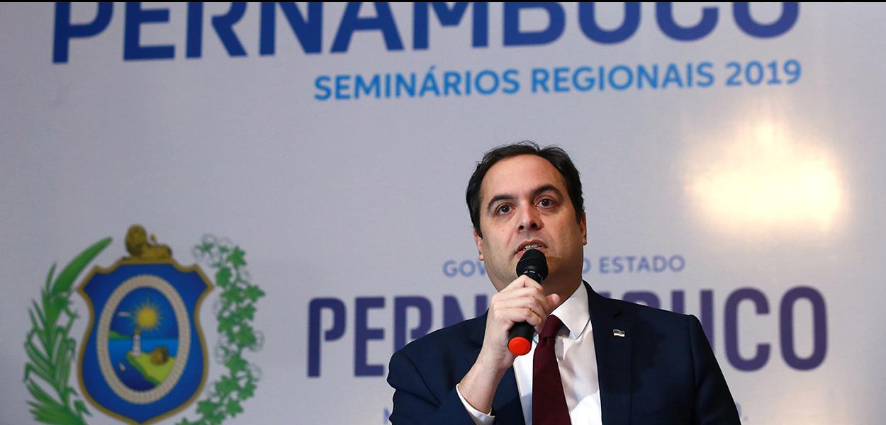 Estado comandado por Paulo Câmara está em fase de aceleração dos casos de coronavírus, com mais de 2 mil confirmações