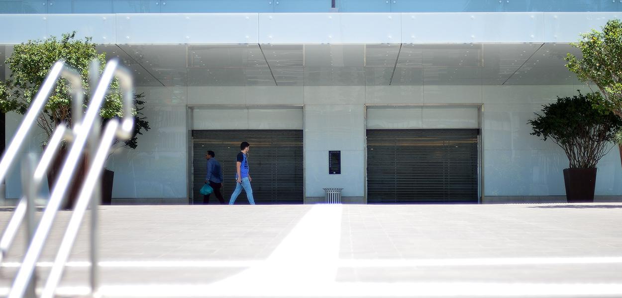 Com objetivo de evitar o contágio por covid-19, doença respiratória causada pelo novo coronavírus, o governo do Distrito Federal, decretou o fechamento de todos os shoppings de Brasília