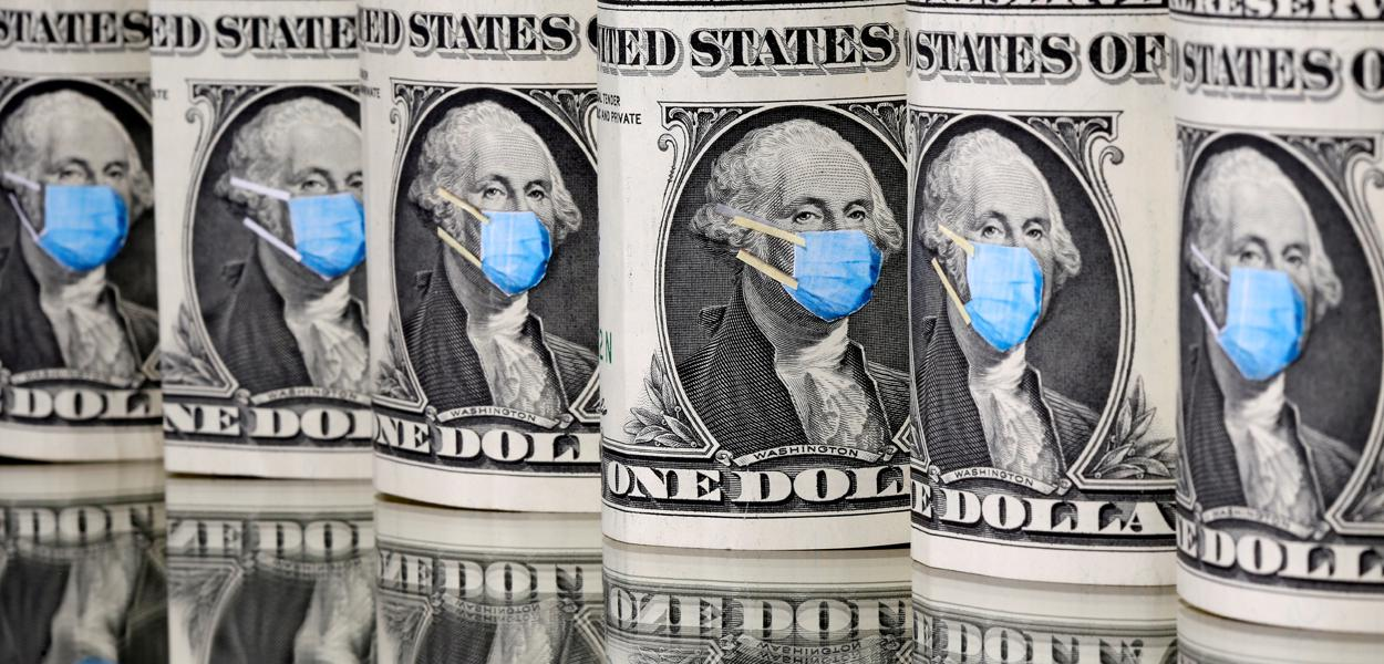 Dólar fecha em 2ª maior cotação da história com exterior e ruídos domésticos
