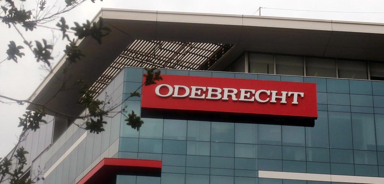 Moro orientou Dallagnol a fazer delação seletiva no caso Odebrecht