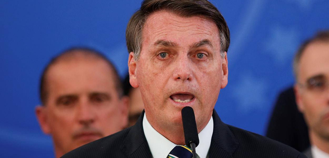 Presidente Jair Bolsonaro faz pronunciamento no Palácio do Planalto