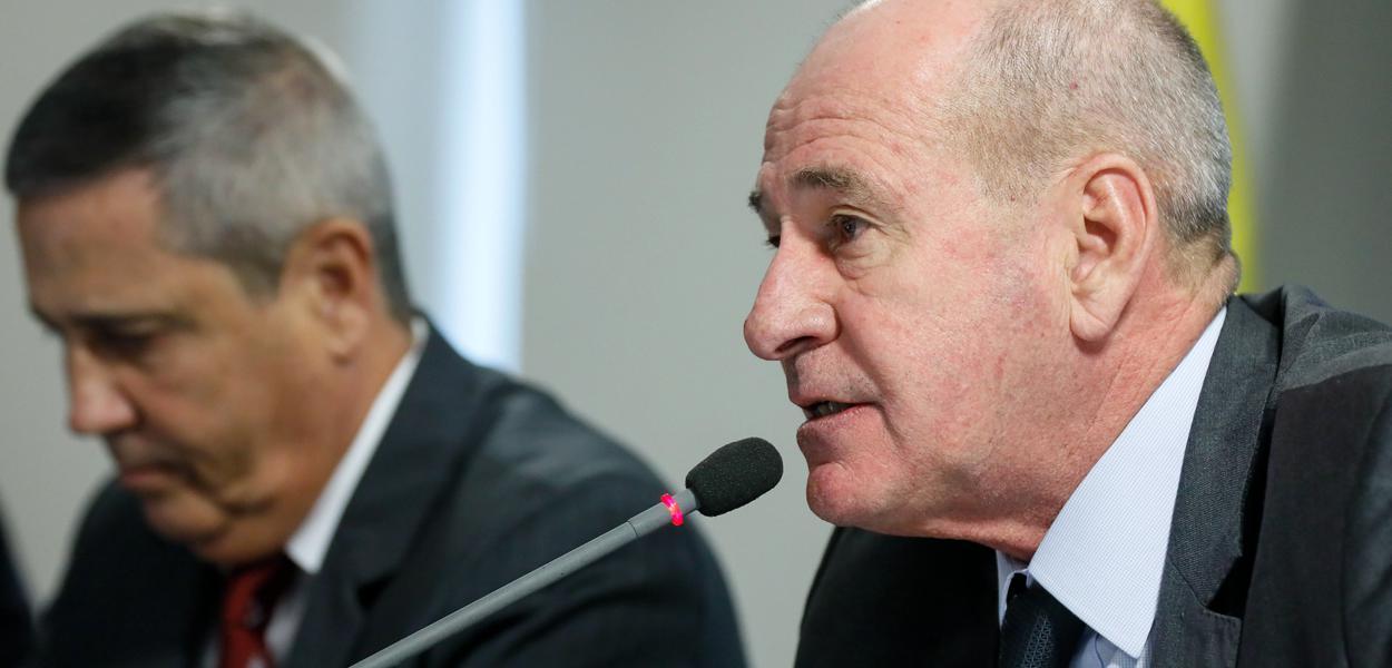 Ministro da Defesa, Fernando Azevedo.