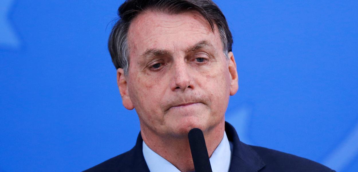 Não minto, diz Bolsonaro sobre resultado negativo de Covid-19