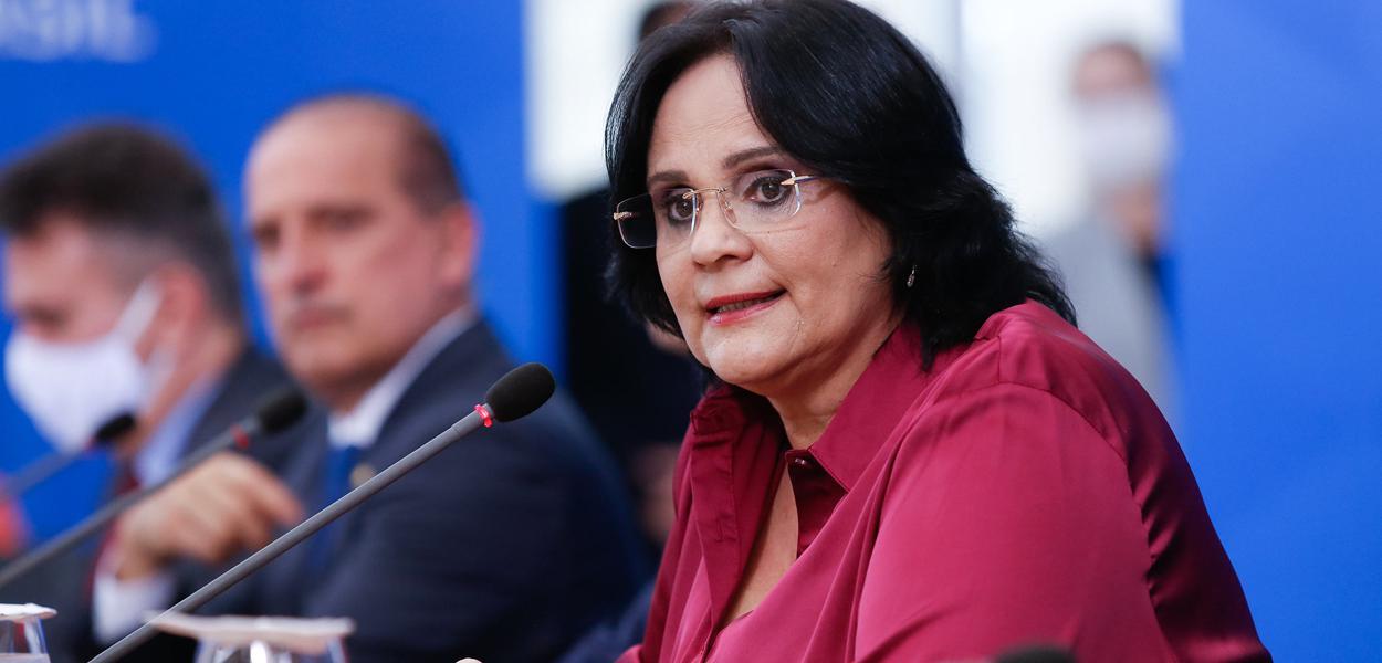Ministra de Estado da Mulher, da Família e Direitos Humanos, Damares Alves.