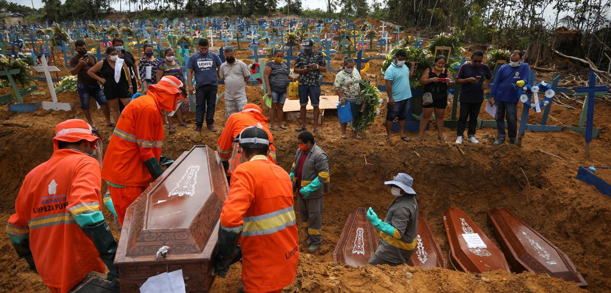 Cemitério Parque Taruma em Manaus 28/4/2020