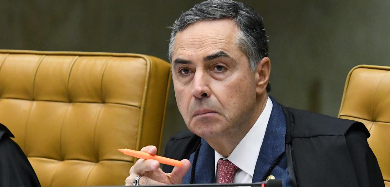 Ministro Roberto Barroso durante sessão extraordinária do STF. (04/03/2020)