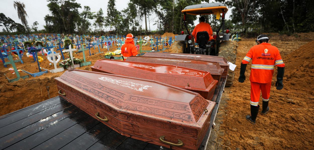 Brasil registra mais 610 mortes por Covid-19 e total vai a 9.146; país supera 135 mil casos