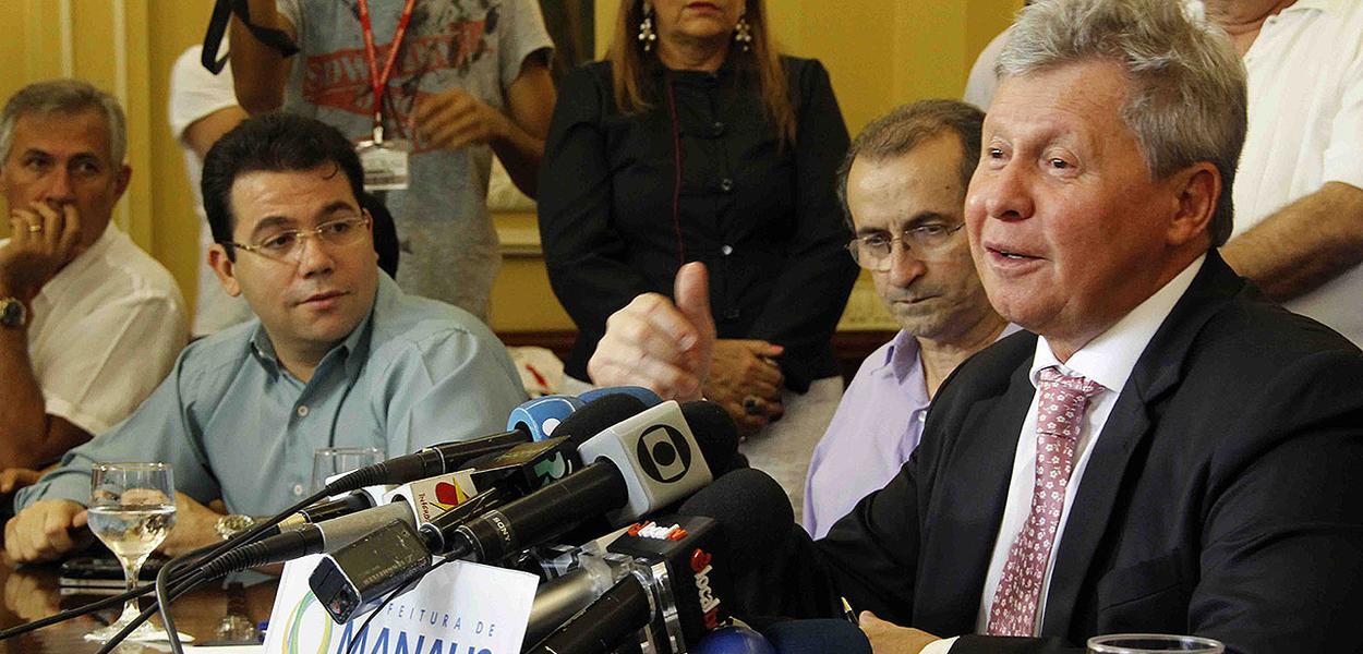 Virgílio diz que atentado à Guarda Municipal 'cheira a uma grande farsa'