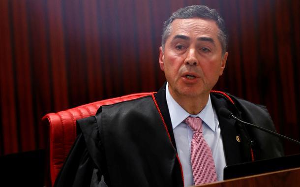 20200525190532 38e5157578394ccfb2d8b8bf917ac925a7b75dc20f848e629d7cfef0de70458b - Eleições 2020: presidente do TSE, Barroso diz que mandatos podem ser adiados 'por dias ou semanas'