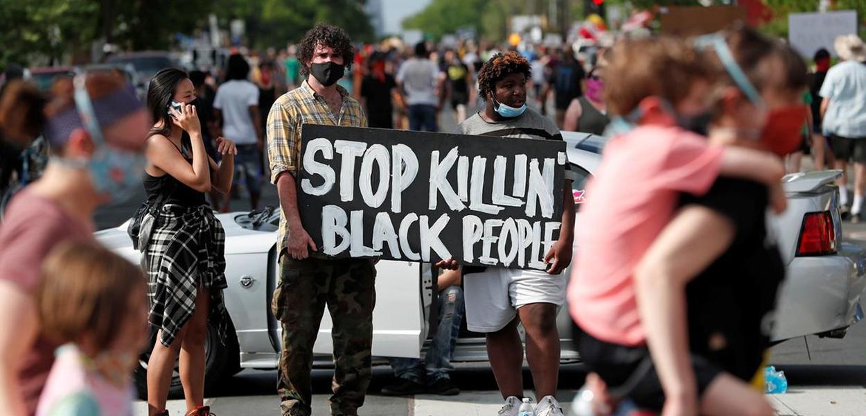 Manifestação contra assassinato do povo negro nos EUA