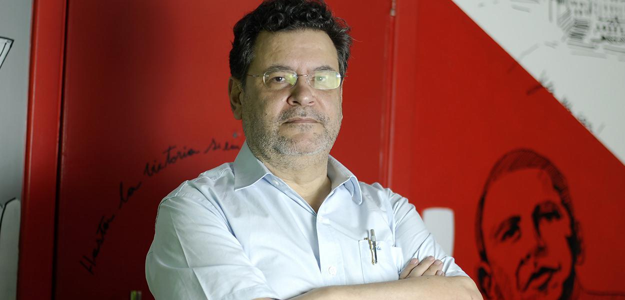Rui Costa Pimenta do PCO.