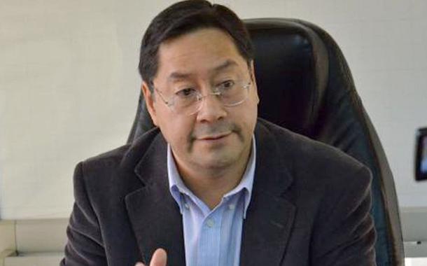 Luis Arce, candidato de Evo Morales à presidência, lidera pesquisas eleitorais na Bolívia