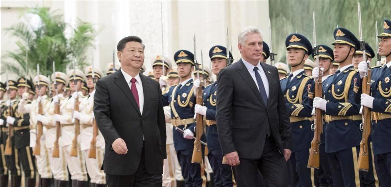Xi Jinping, presidente da China e Díaz-Canel, de Cuba