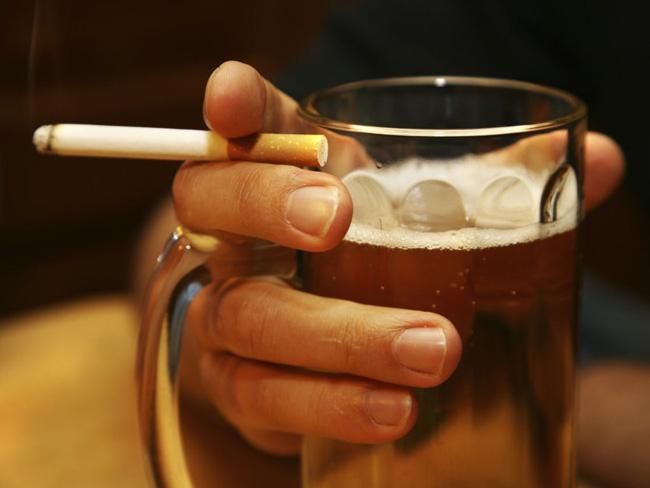 Alcool e cigarro