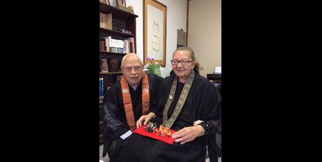 Os monges budistas Ricardo e Yvonette Gonçalves