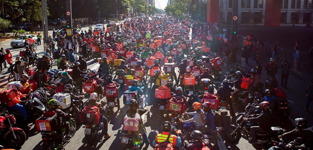 São Paulo SP 01 07 2020 Paralisação de trabalhadores de aplicativos em vários pontos da capital fizeram manifestações.