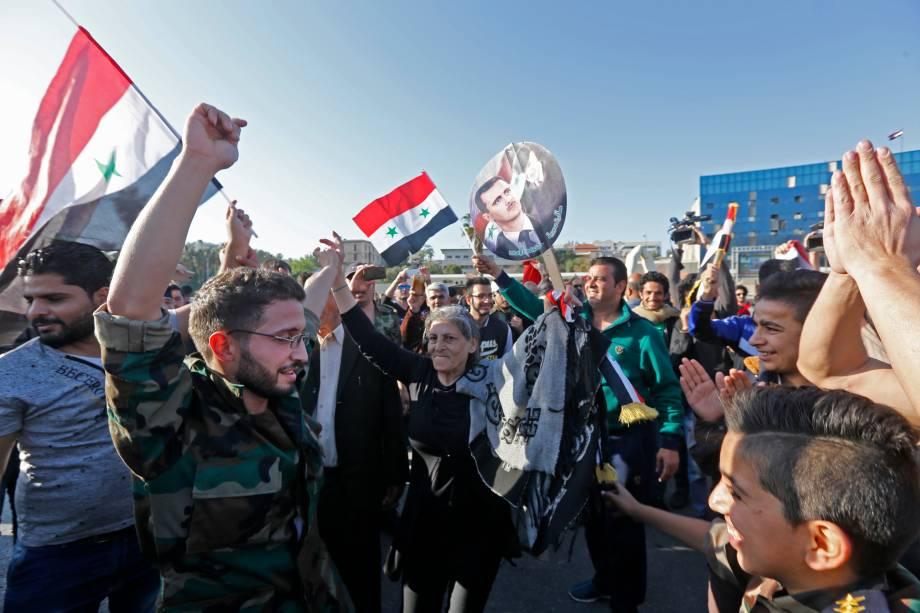 Protesto de sírios em defesa de Bashar Al Assad