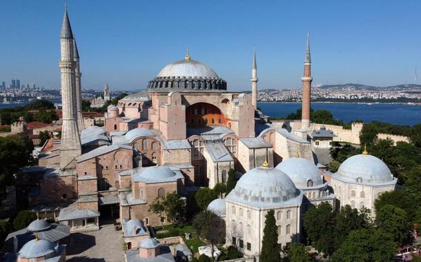 Antiga basílica de Santa Sofia, agora reconvertida em mesquita