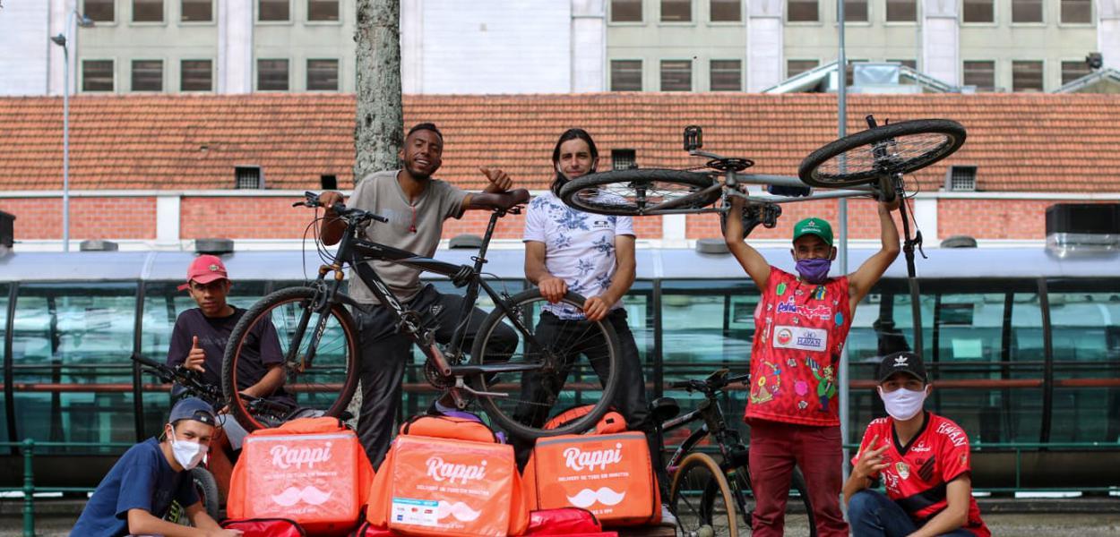 Greve dos entregadores de aplicativos em Curitiba em 25 de julho