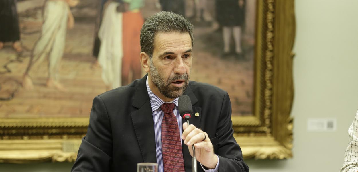 Deputado Enio Verri é o novo líder do PT na Câmara