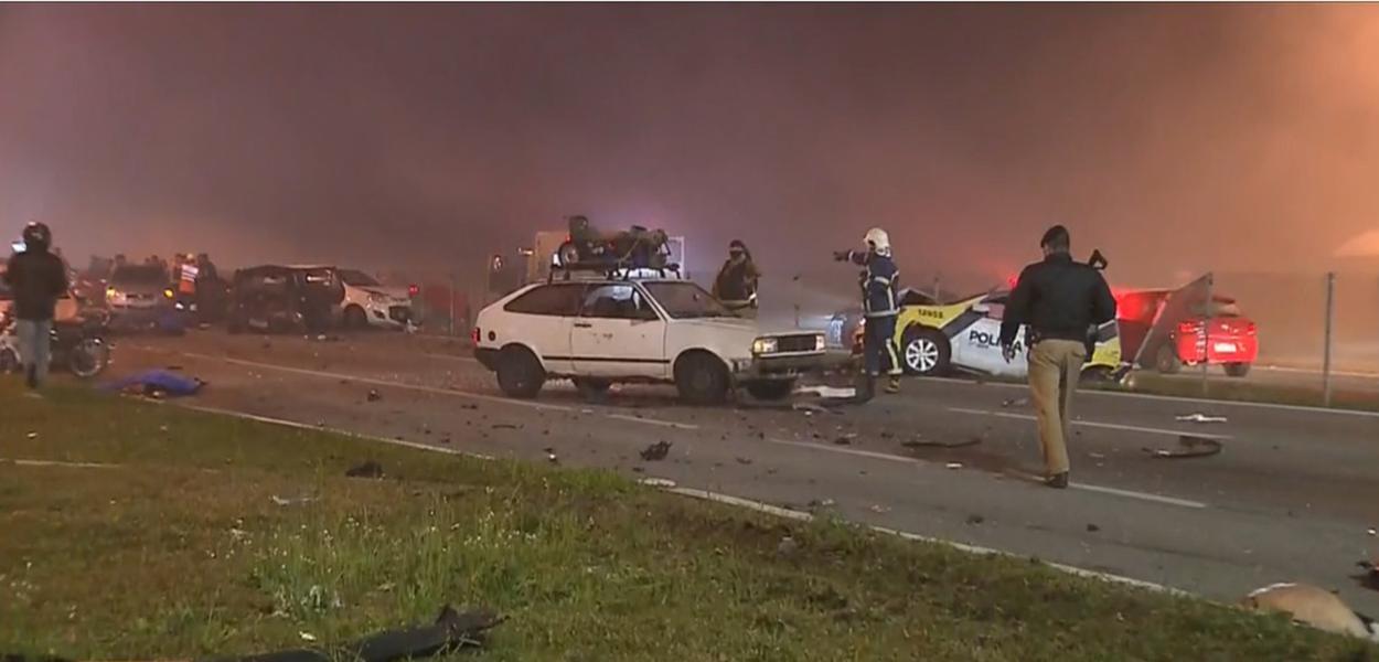 Acidente envolve 20 veículos em São José dos Pinhais, no Paraná