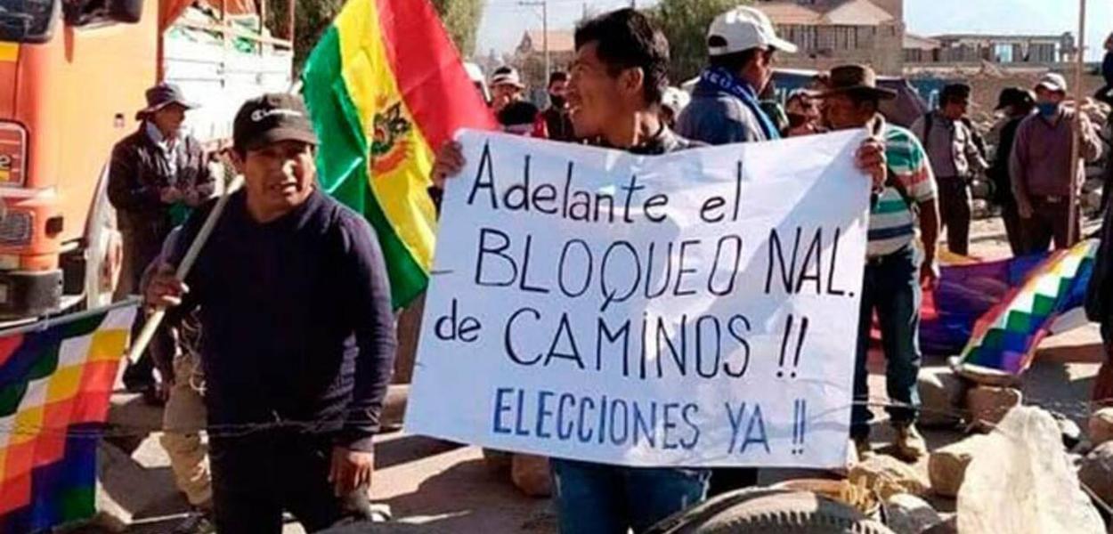 Bolivianos bloqueiam estradas contra adiamento de eleições