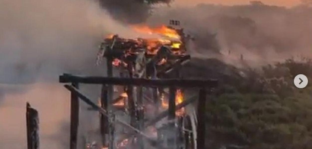 Ponte Incendiada em Corumbá - MS