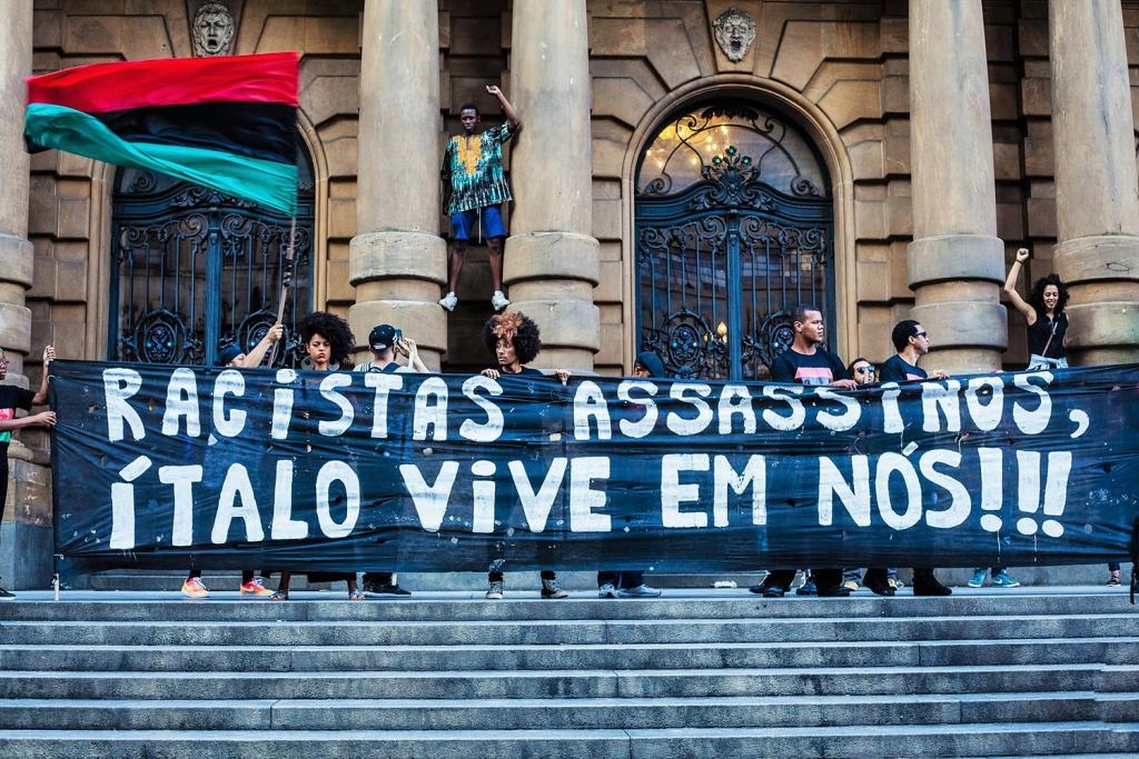 Marcha da Consciência Negra de 2016: manifestantes lembram morte de Ítalo