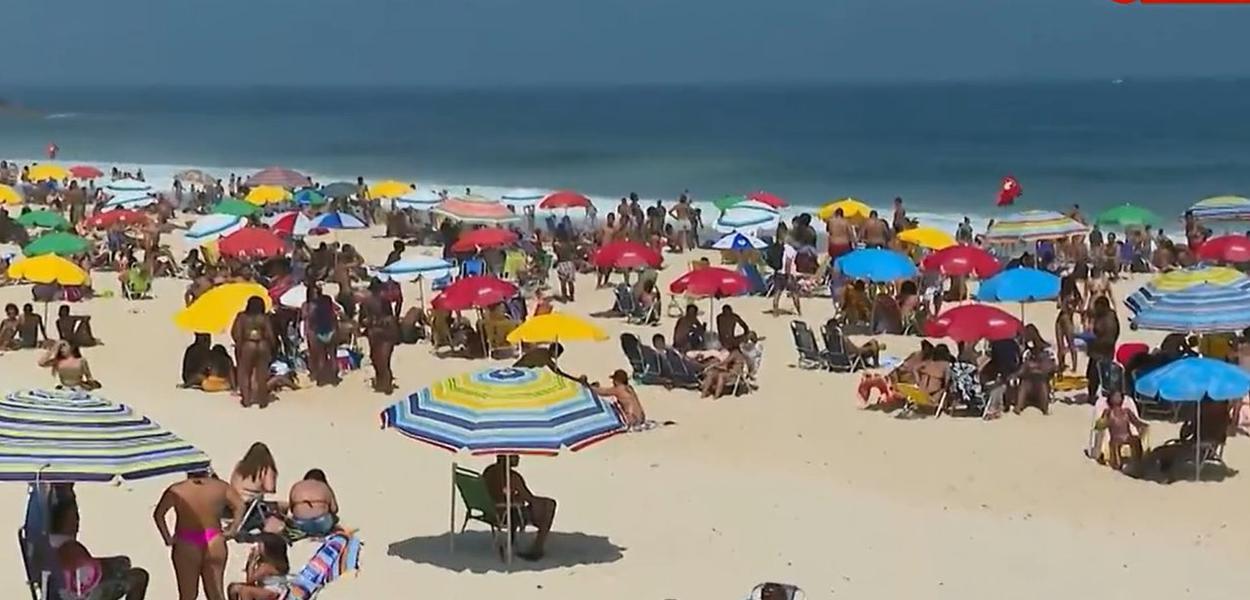 Praias lotadas durante a pandemia no feriado de 7 de setembro